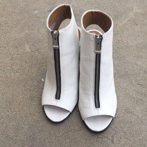 Report Signature Chunky Open-Toe Heels